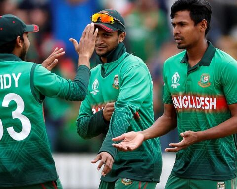 Mustafiur Rahman and Shakib Al Hasan (Getty)