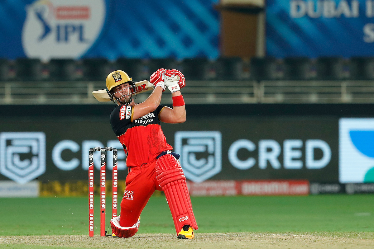 Watch: AB de Villiers Destroys An iPhone During His Practice Session Ahead Of IPL 2021