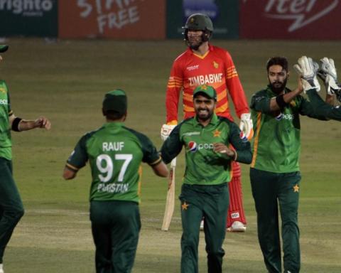 Pakistan, Zimbabwe