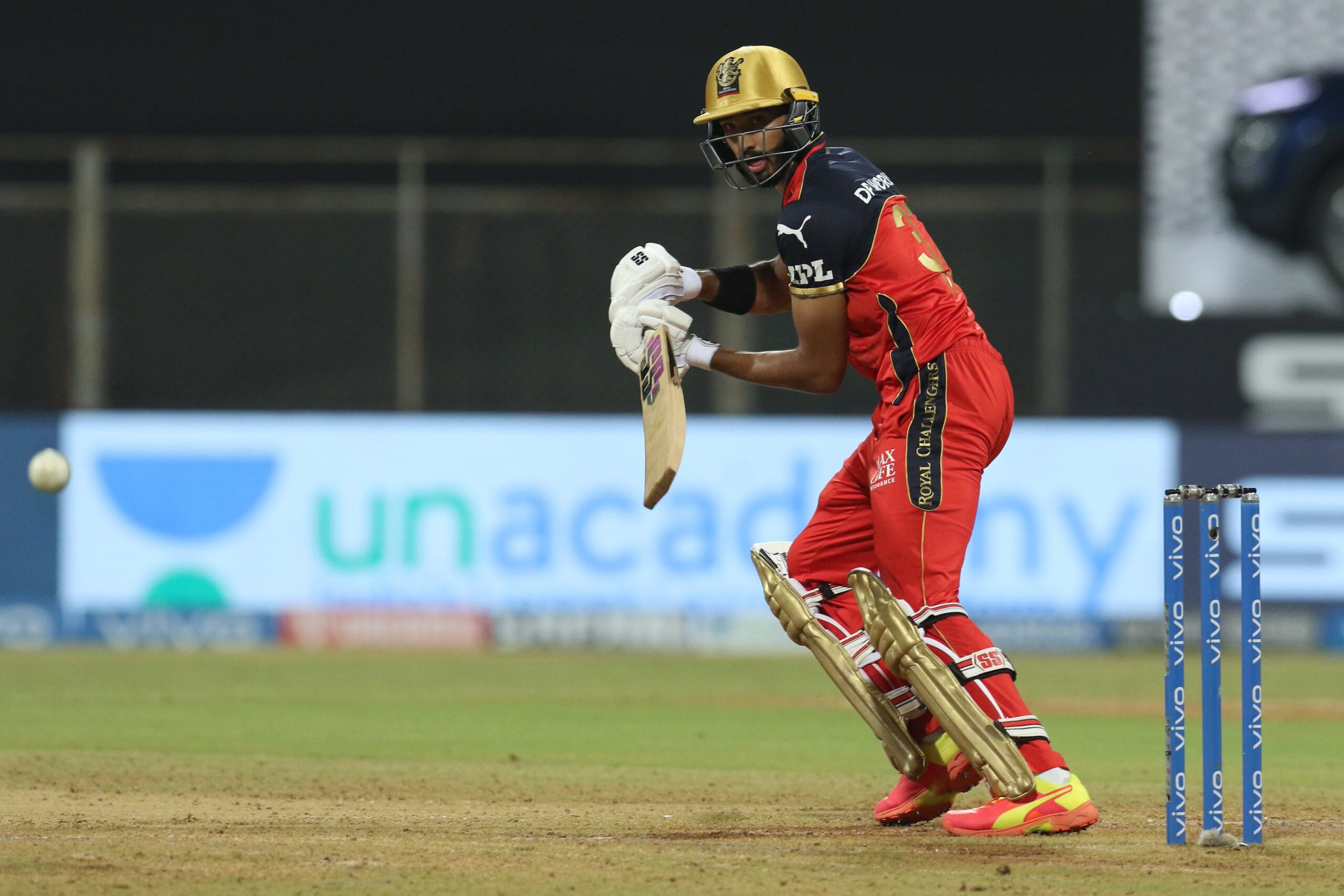IPL 2021: Twitter Erupts As Devdutt Padikkal And Virat Kohli's Unbeaten 181-Run Stand Help Royal Challengers Bangalore Thump Rajasthan Royals By 10 Wickets