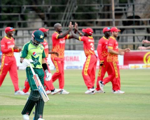 Zimbabwe, Pakistan