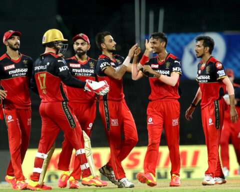Virat Kohli, Royal Challengers Bangalore, SunRisers Hyderabad