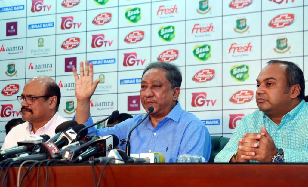 Bangladesh upset as Cricket Australia's COVID-19-related claims force Mushfiqur Rahim out of T20 series