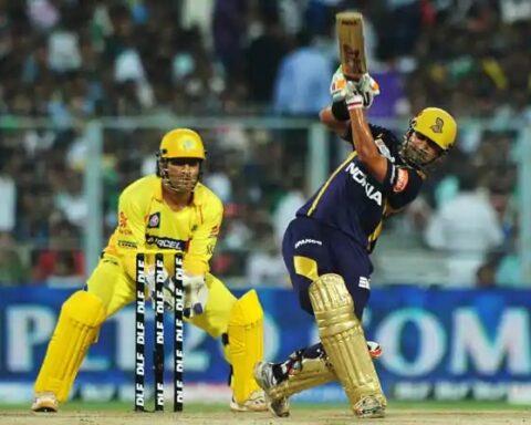 MS Dhoni and Gautam Gambhir during IPL 2012 final