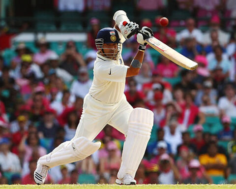 Sachin Tendulkar - top 5 cricketers to play with most players