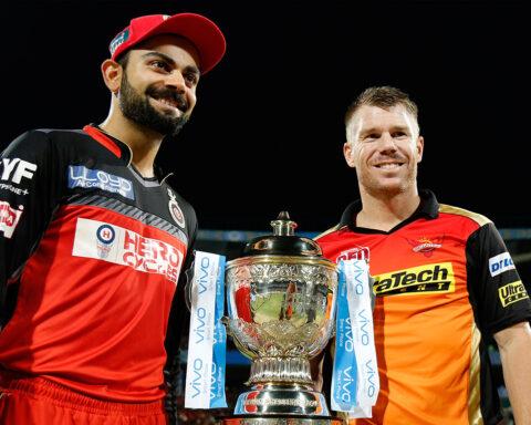 Virat Kohli and David Warner During IPL 2016 final