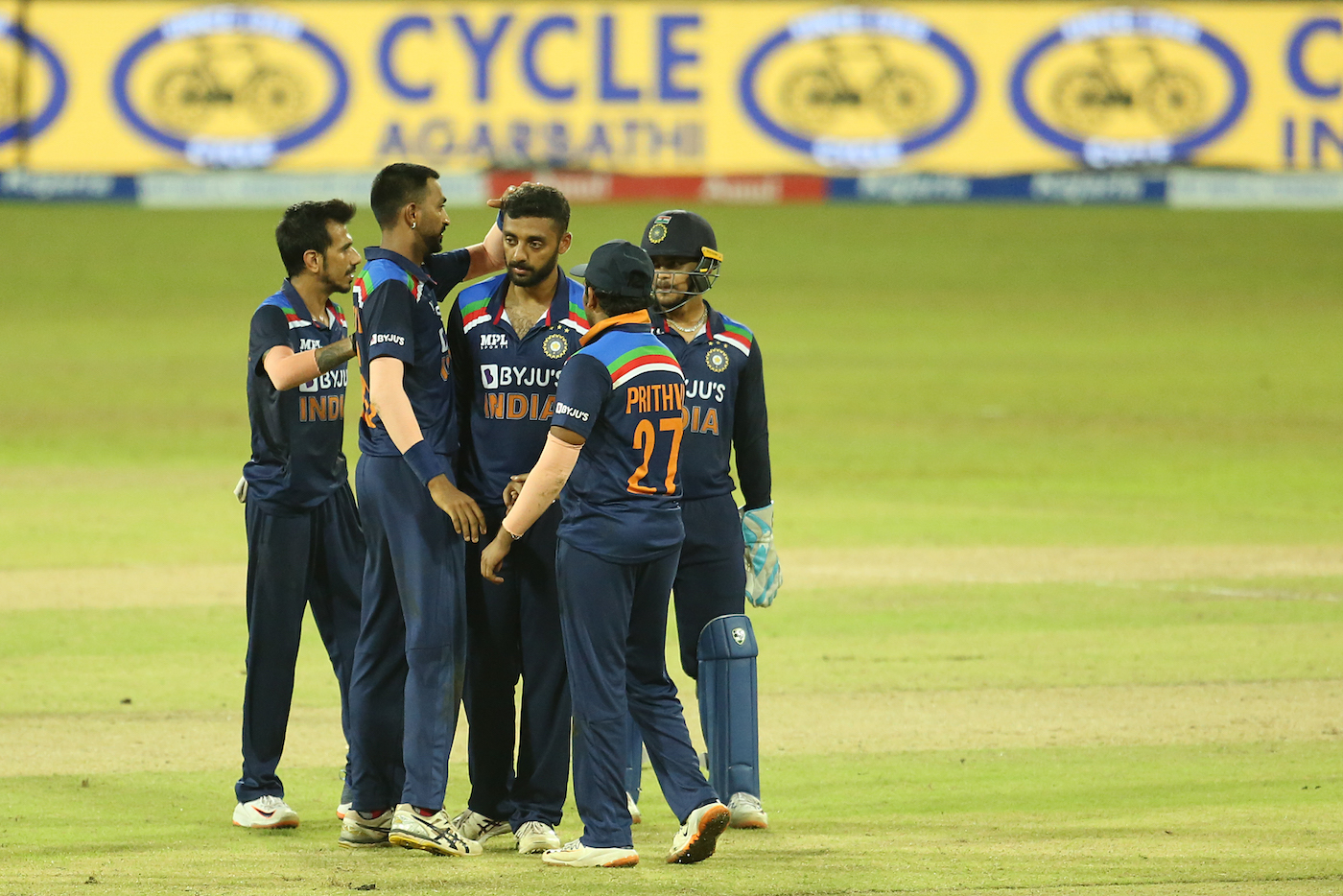 Twitter Reacts As Sri Lanka Chase Down 132 Against India To Enforce A Decider