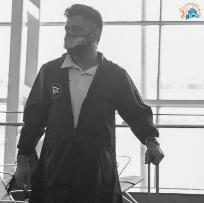 CSK Skipper MS Dhoni leaves for UAE for IPL 2021