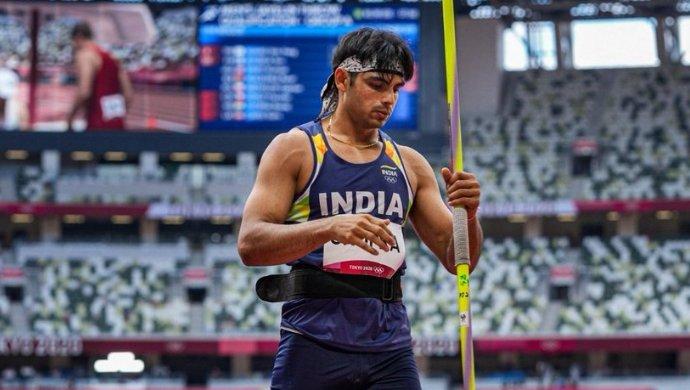 स्वर्ण पदक विजेता नीरज चोपड़ा को एक गीत समर्पित करने के लिए सुनील गावस्कर और आशीष नेहरा टोक्यो 2020 कमेंट्री पैनल में शामिल हुए