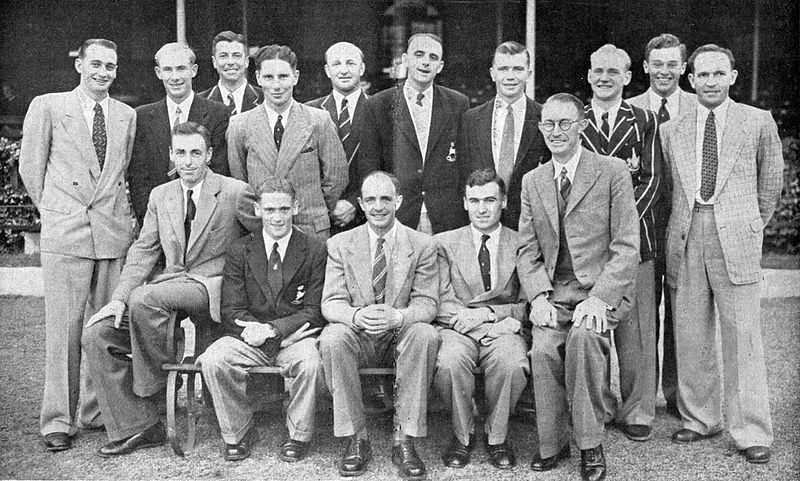 John Watkins with the South African team on ANZ tour in 1952/53.  Photo Twitter